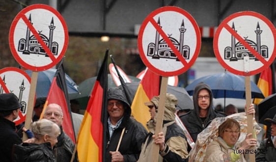 Alman Turizm Birliği gene yapacağını yaptı
