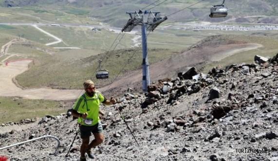 Avrupa'nın en dikey koşusu Erciyes'te