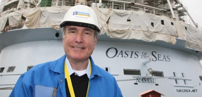 Dünyanın en büyük kruvaziyer gemisi teslim edildi