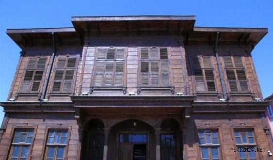 Edirne Kent Müzesi turistlere kapısını açıyor