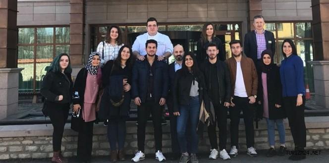 Gastronomi Kulübü öğrencilerine uygulamalı eğitim verildi