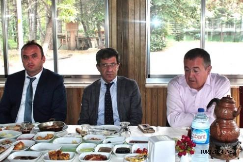 Prof. Dr. Fevzi Okumuş, geleceğin turizmcilerine konferans verdi