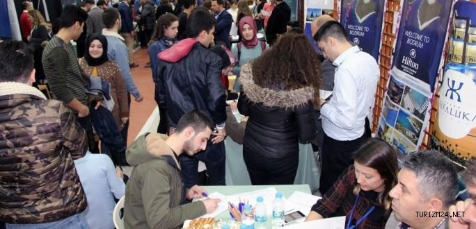 Turizm Okulu - Turizm sektörü buluşması verimli geçti