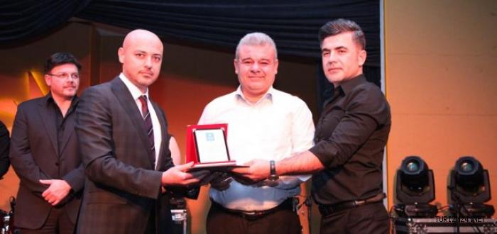Yönetimde Mükemmeliyet Ödülünü  Emirates Skywards Aldı